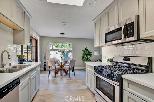 2751 W Parkside Lane, Anaheim, CA 92801