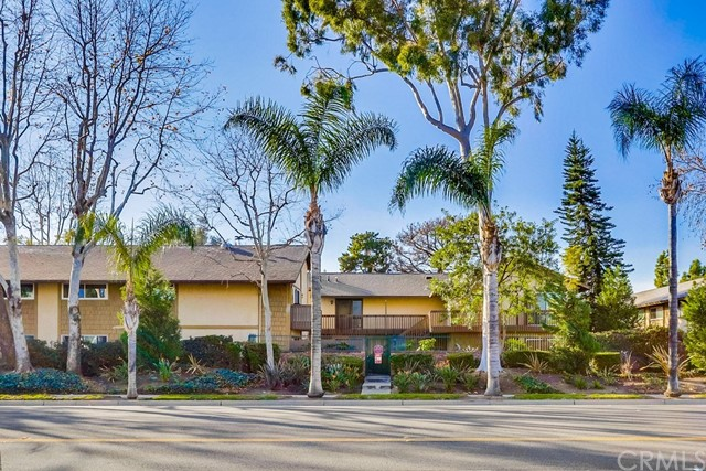 3050 S Bristol Street 15K, Santa Ana, CA 92704