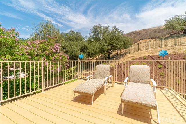 30. 358 Hornblend Court Simi Valley, CA 93065