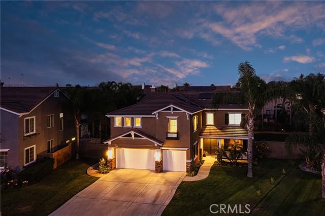 7464 Woodglen Lane, Eastvale, CA 92880
