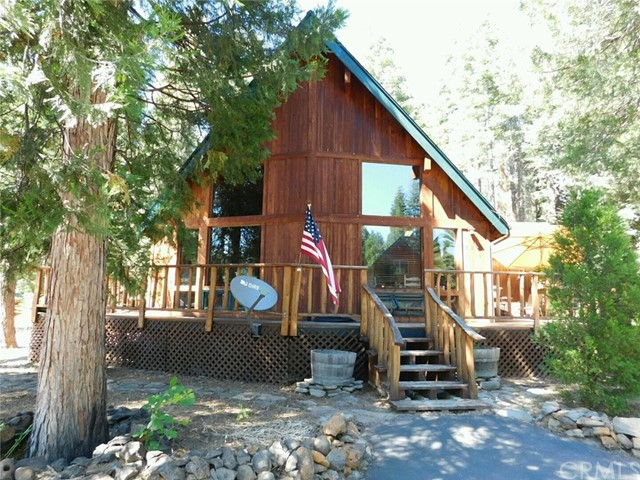 3226 Woodlake Drive, Lake Almanor, CA 96137