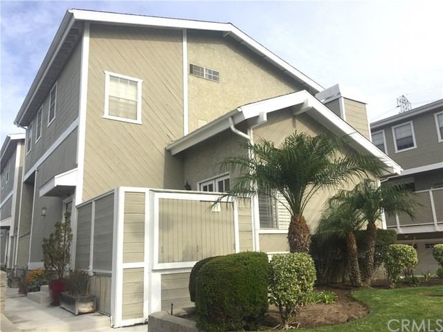 2419 Vanderbilt Lane 1, Redondo Beach, California 90278, 3 Bedrooms Bedrooms, ,2 BathroomsBathrooms,For Sale,Vanderbilt,SB19003220