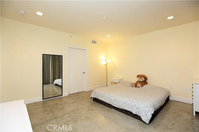 133 S Los Robles Av, Pasadena, CA 91101 Photo 4