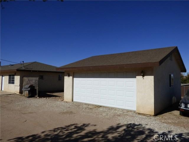 10974 Adobe Rd, Oak Hills, CA 92344 Photo 2