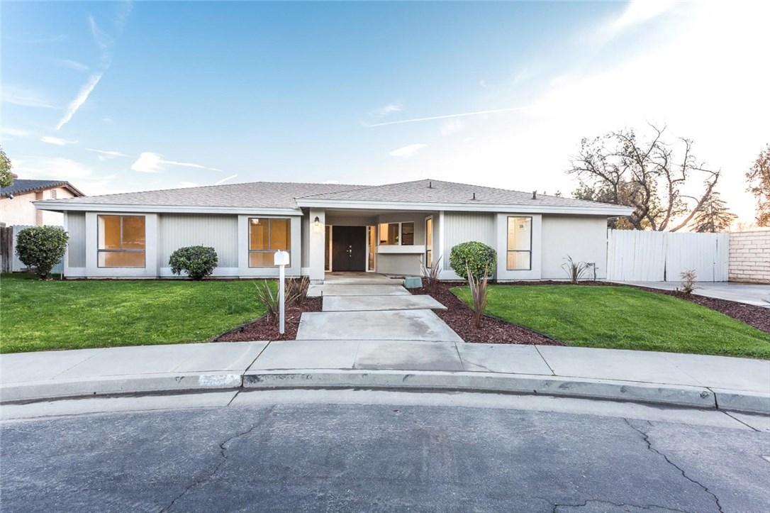 8009 Selkirk Drive, Bakersfield, CA 93309