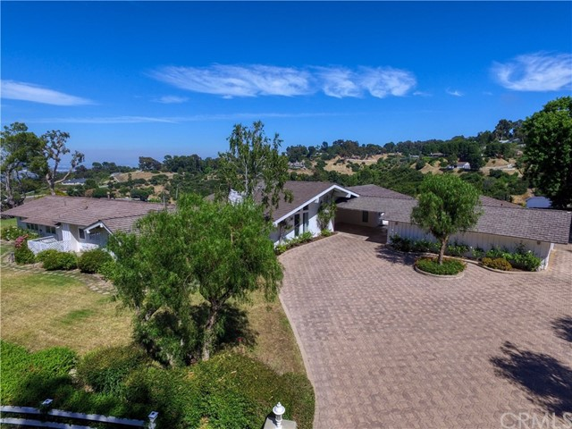13 Buggy Whip Drive, Rolling Hills, CA 90274