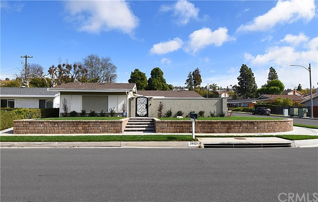 28424 Golden Meadow Drive, Rancho Palos Verdes, California 90275, 4 Bedrooms Bedrooms, ,1 BathroomBathrooms,For Sale,Golden Meadow,PV21027142