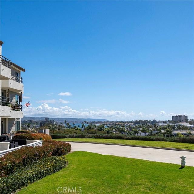 230 Lille Lane 112, Newport Beach, CA 92663