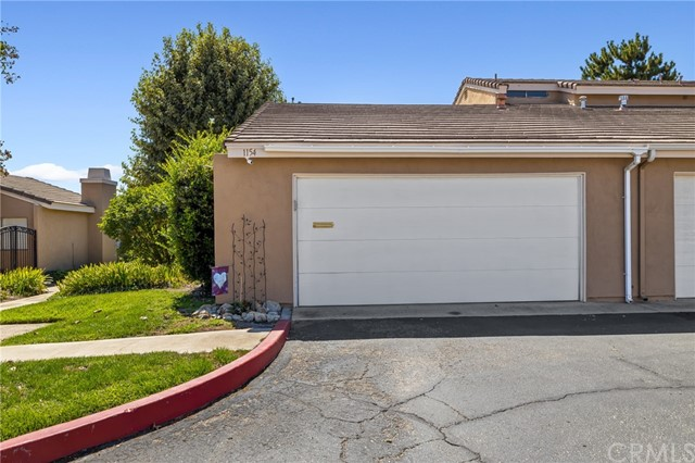 1154 Mountain Gate Road, Upland CA: https://media.crmls.org/medias/7c44a0cd-cf86-4e79-8377-f804e4fb4bd3.jpg