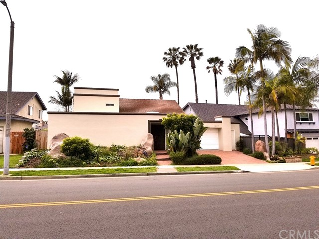 16871  Saybrook Lane, Huntington Harbor, California