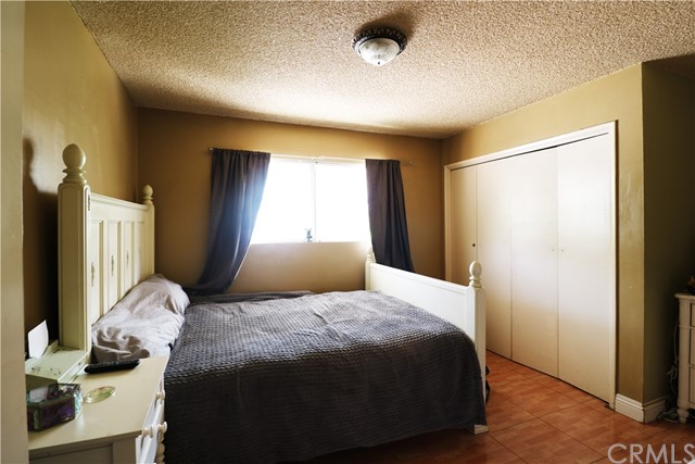18. 10116 San Miguel Avenue South Gate, CA 90280