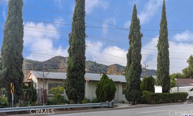 2717 N Verdugo Road, Glendale, CA 91208