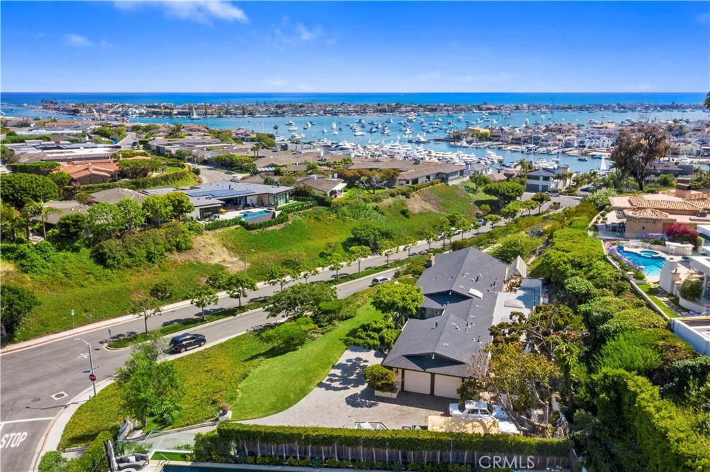Photo of 525 El Paseo Drive, Corona del Mar, CA 92625