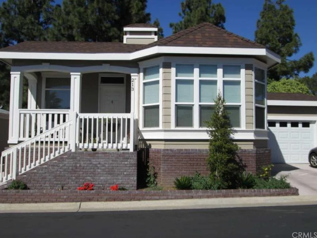 3500     Buchanan Street   155, Riverside CA 92503