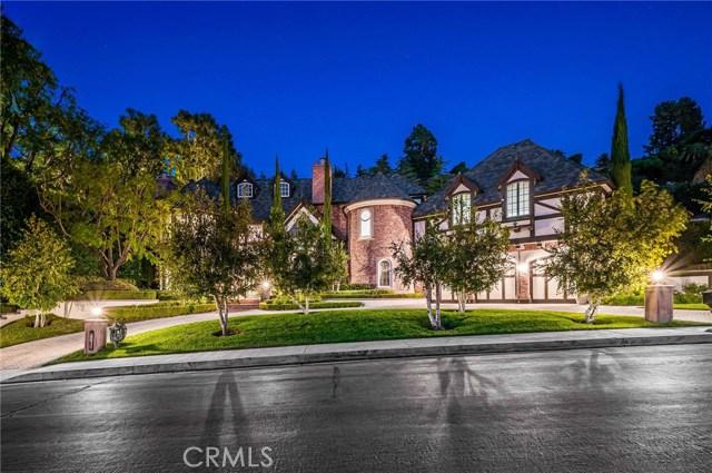 3928 Hayvenhurst Drive, Encino, CA 91436