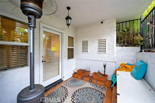 115 Avenida Mesita, San Clemente CA: https://media.crmls.org/medias/7cafe772-f664-45eb-88e6-c8a791d38774.jpg
