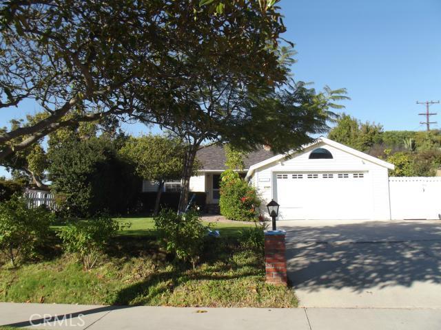 1061 Avenue B, Redondo Beach, California 90277, 2 Bedrooms Bedrooms, ,1 BathroomBathrooms,For Sale,Avenue B,SB12149904