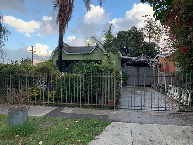 3676 S Gramercy Place, Los Angeles, CA 90018