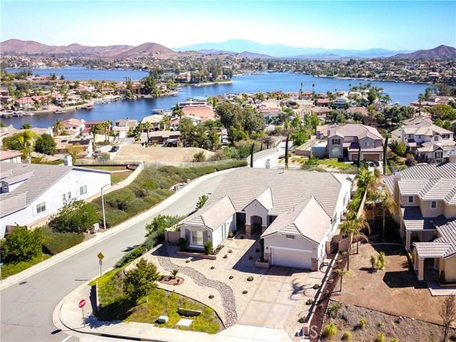23 Volta Del Tintori Street, Lake Elsinore, CA 92532