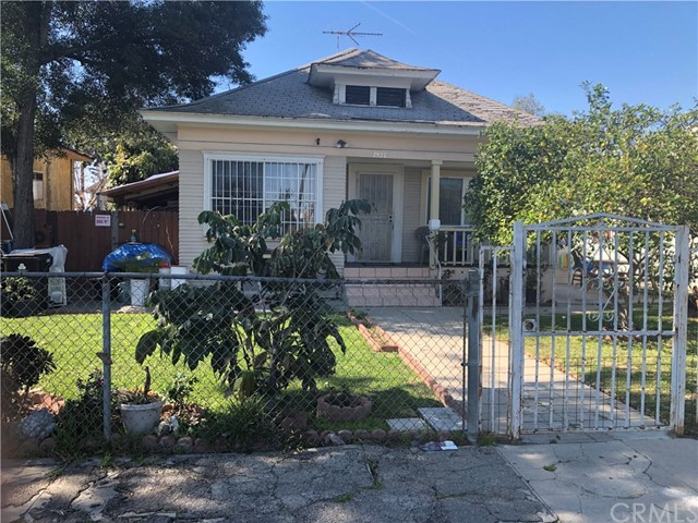 2927 S Catalina Street, Los Angeles, CA 90007