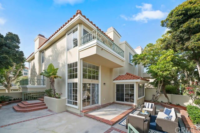 19416  Castlewood Circle 92648 - One of Huntington Beach Homes for Sale