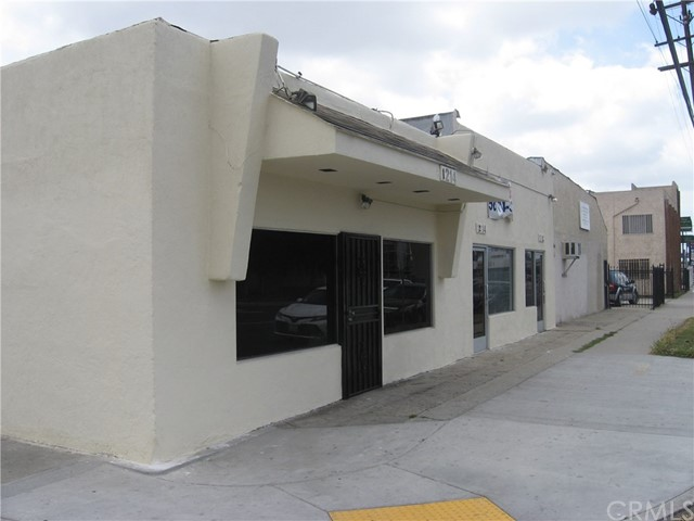 1214 N Wilmington Avenue N, Compton, CA 90222