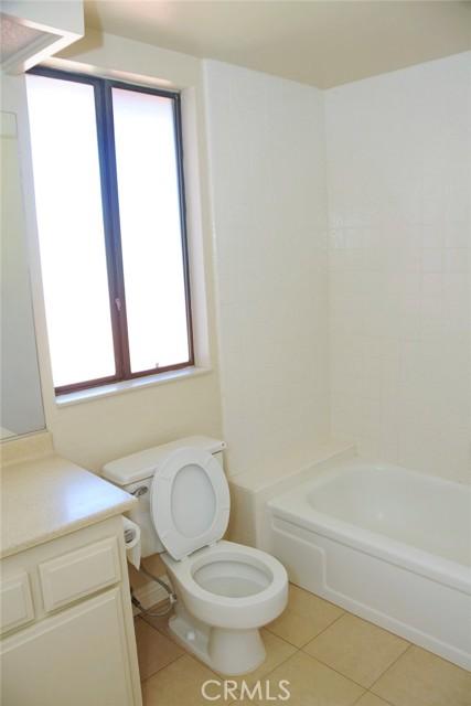 bathroom in 2nd bedroom suite