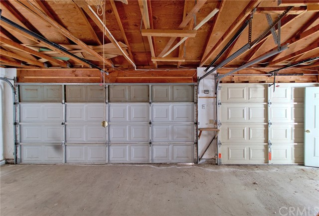 25. 15050 Pinehurst Way Magalia, CA 95954