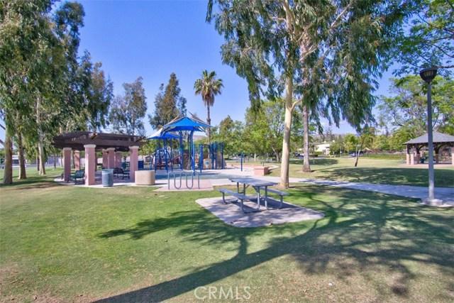 135 Spring Valley, Irvine, CA 92602 Photo 37