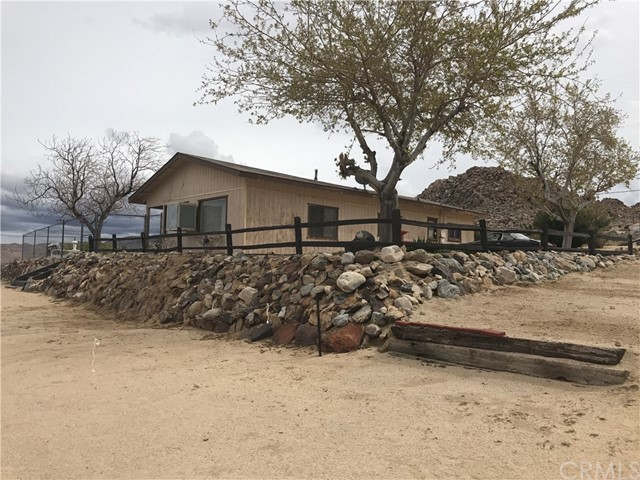 6979 White Feather Road, Joshua Tree, CA 92252