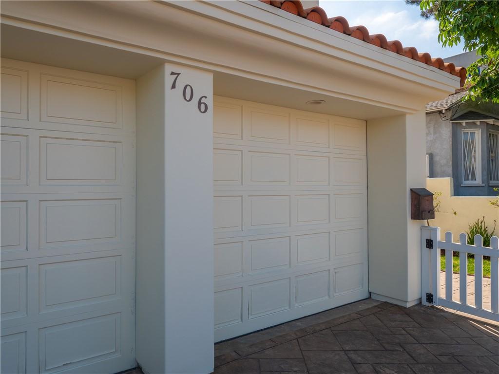 706 Dianthus Street, Manhattan Beach, California 90266, 5 Bedrooms Bedrooms, ,4 BathroomsBathrooms,For Sale,Dianthus,SB21025965