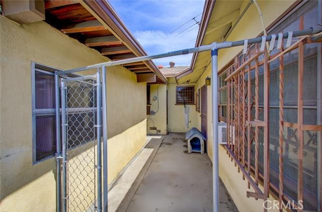 19. 6050 Gloucester Street East Los Angeles, CA 90022