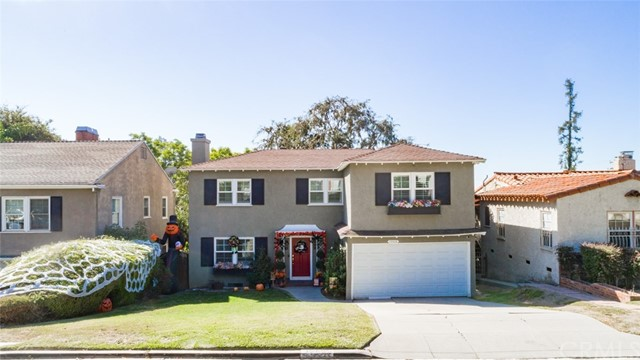 Beautiful traditional Whittier home!