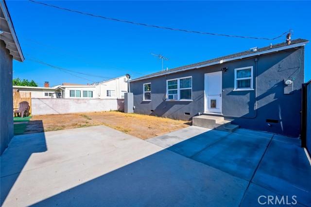 34. 2837 Allred Street Lakewood, CA 90712