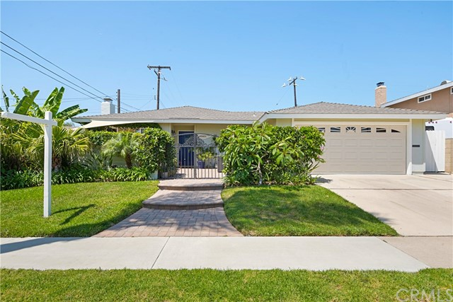 9061 Aloha Drive, Huntington Beach, CA 92646