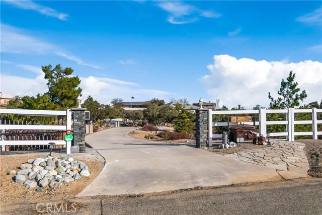 10260 Whitehaven St, Oak Hills, CA 92344 Photo 1