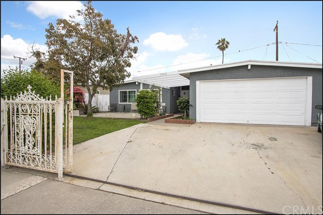 1722 Richland Avenue, Santa Ana, CA 92703
