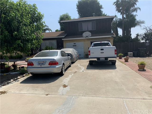 10455 Redwood Avenue, Fontana, CA 92337