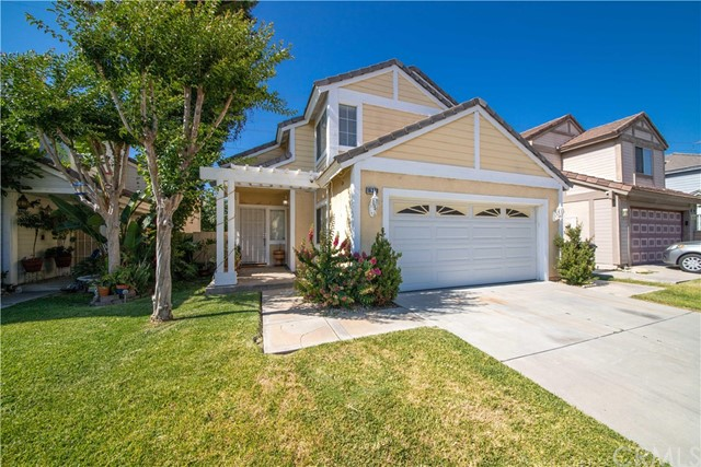 16370 Applegate Drive, Fontana, CA 92337