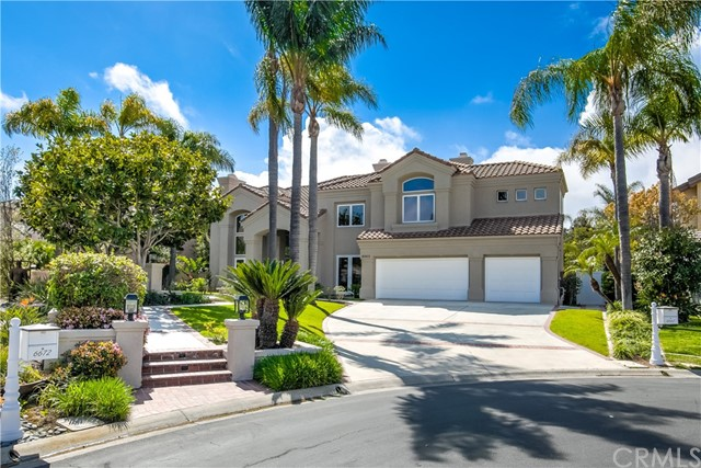 6662  Alamitos Circle, Huntington Beach, California