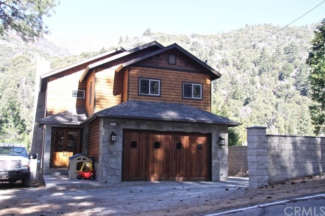 41066 Valley Of The Falls Drive, Forest Falls, CA 92339
