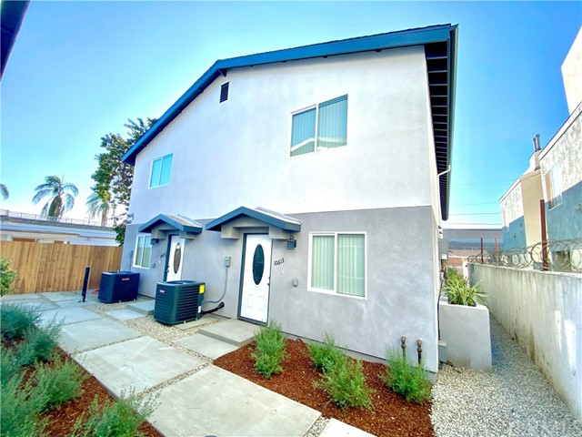 10611 Broadway, Los Angeles, California 90003, ,Multi-Family,For Sale,Broadway,DW21015095