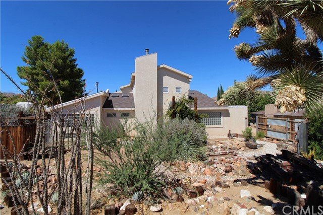 7456 Barberry Avenue, Yucca Valley, CA 92284