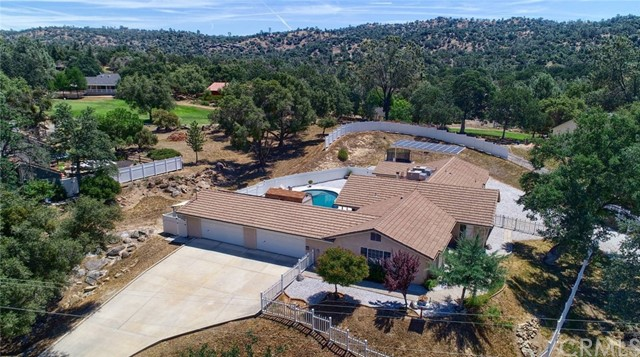 42763 Badger Circle Drive, Coarsegold, CA 93614