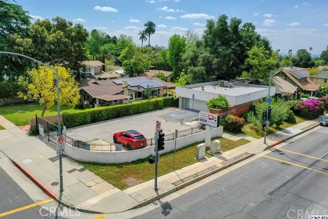1800 N Lake Avenue, Pasadena, CA 91104