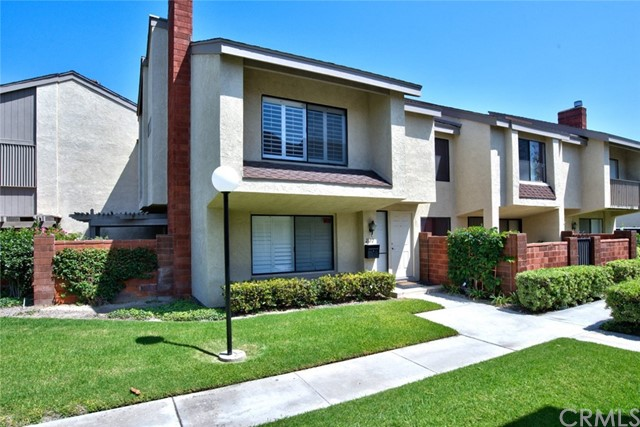 2102 S June Place, Anaheim, CA 92802