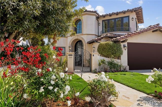 1544 Voorhees Avenue, Manhattan Beach, California 90266, 6 Bedrooms Bedrooms, ,5 BathroomsBathrooms,For Sale,Voorhees,SB21101014