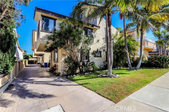 2521 Ruhland Avenue 1, Redondo Beach, California 90278, 3 Bedrooms Bedrooms, ,1 BathroomBathrooms,For Sale,Ruhland,PW21208146