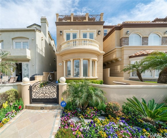 120 22nd Street, Huntington Beach, CA 92648