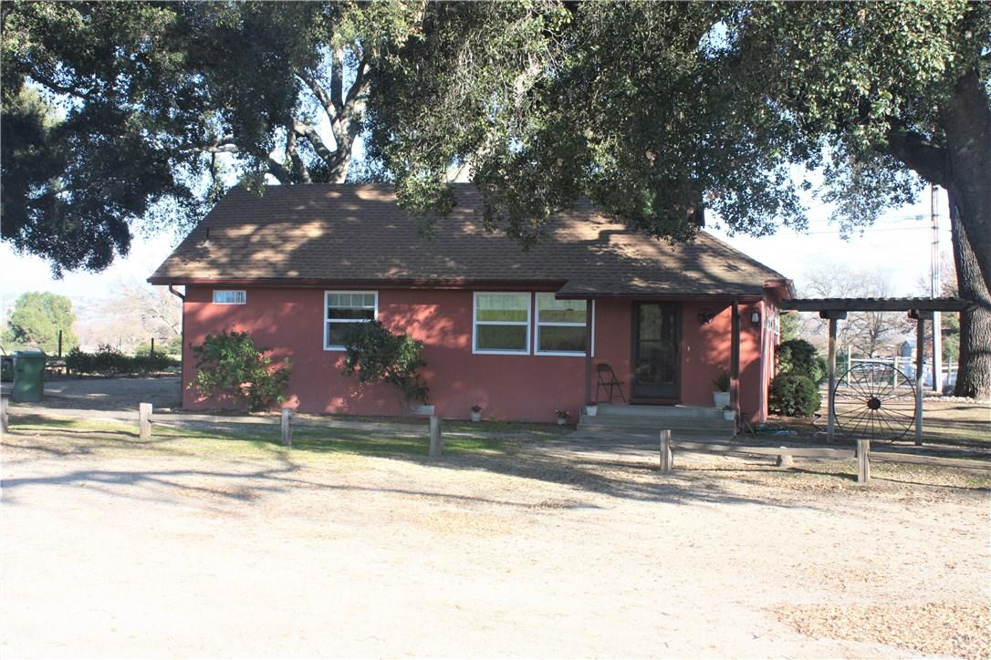 320 Abramson Road, Templeton, CA 93465